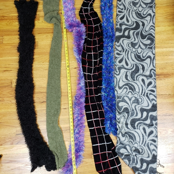 6 Ladies scarfs excellent condition